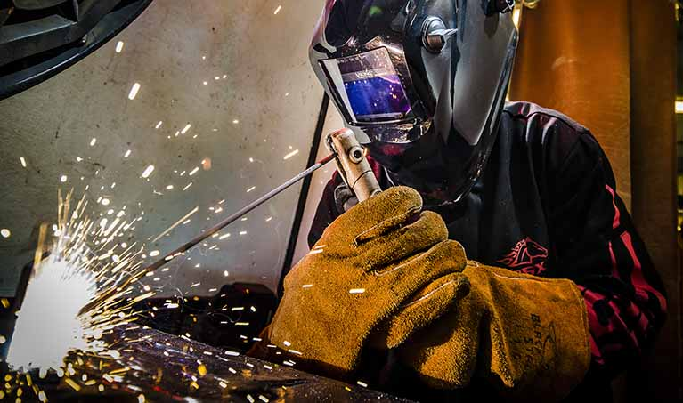 Get a Skill Get a Job Welding Wednesday January 7, 2015 in the welding lab on the LCC West Campus. KEVIN W. FOWLER PHOTO